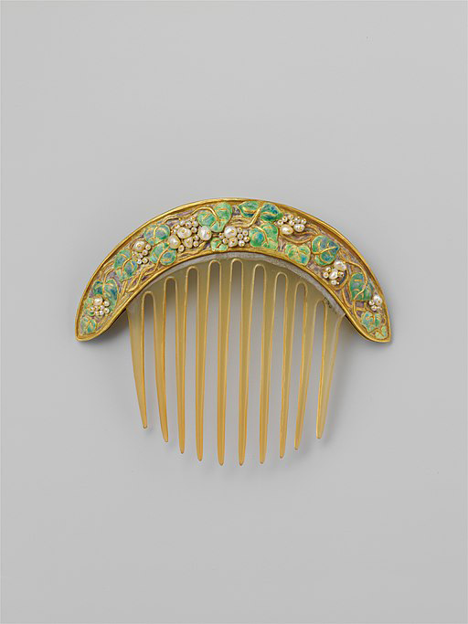 Comb of Gold, Pearls, Enamel, and Probably Horn by Francis Koehler (ca 1905); Metropolitan Museum of Art, New York