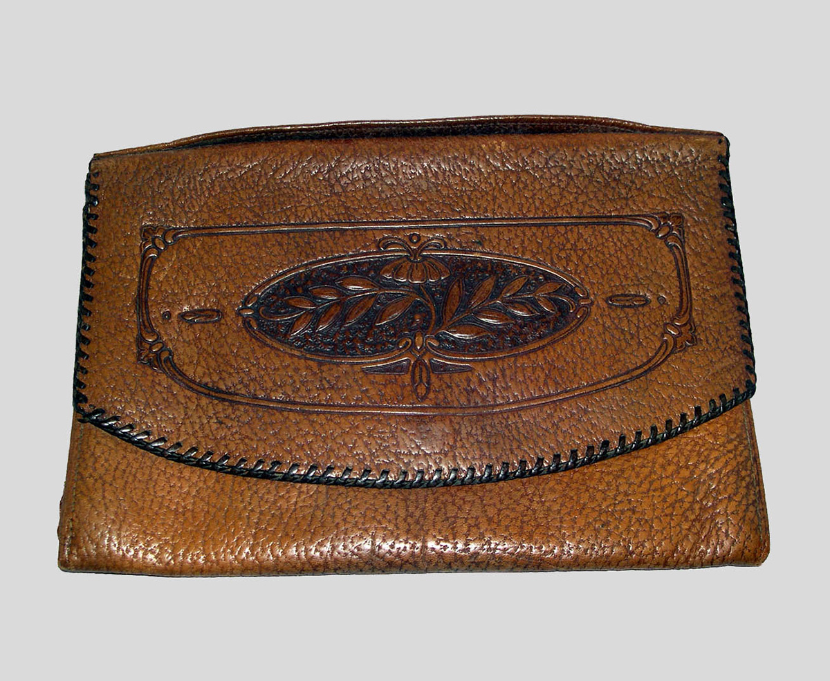 Embossed Leather Handbag with Floral Motif (1900-30); E. Zorn Karlin