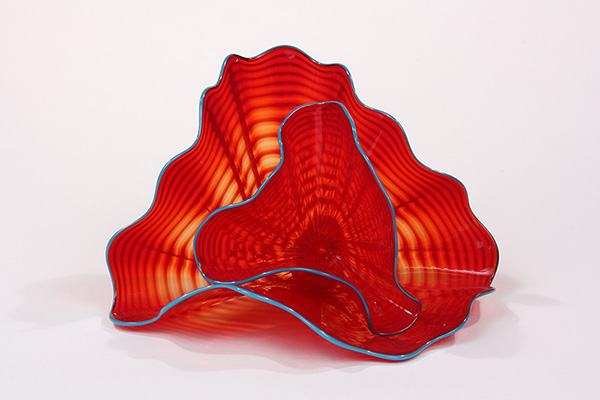 'Tango Red Persian' by Dale Chihuly (2004) Museum of Art and Archaeology, University of Missouri